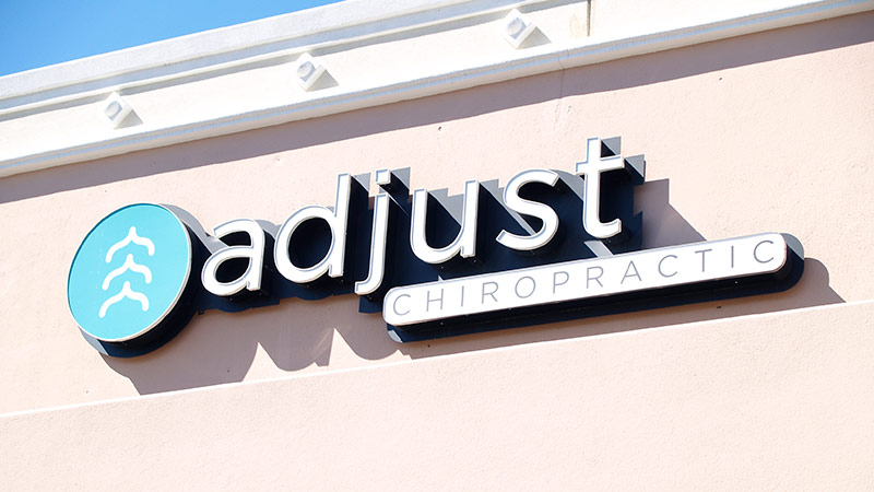Adjust Chiropractic Dallas Texas (214) 922-8844